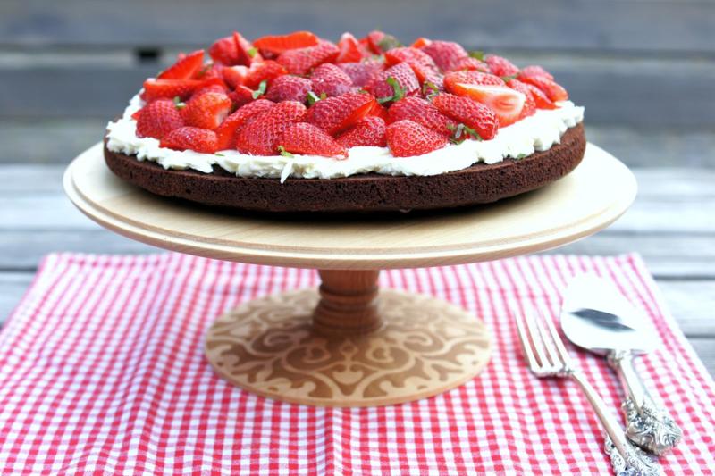 Erdbeer Brownie auf Alessi