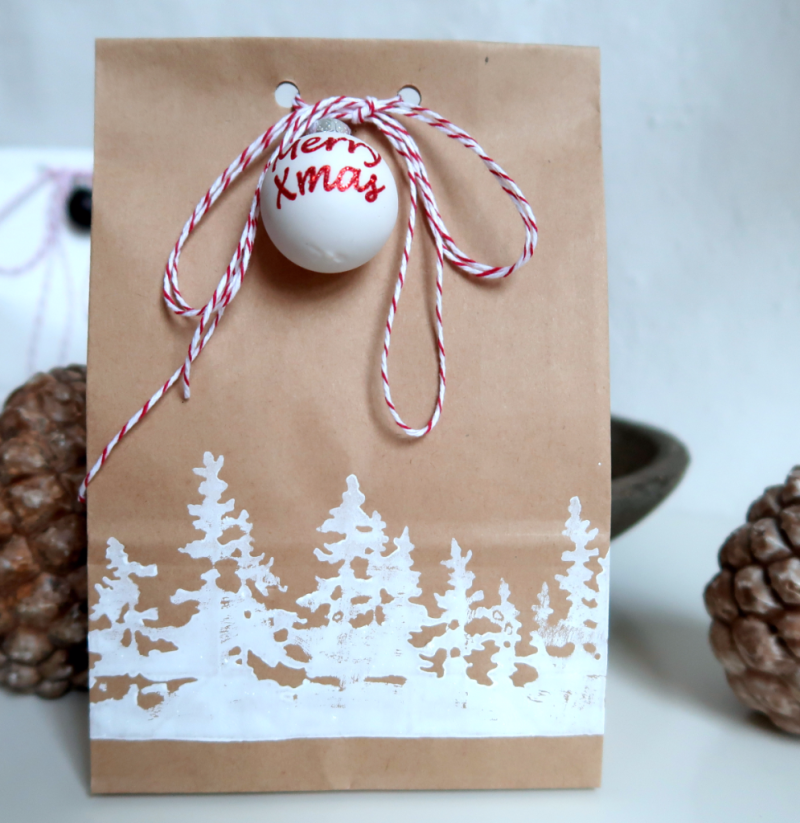 Gift bag with DIY foam stamp