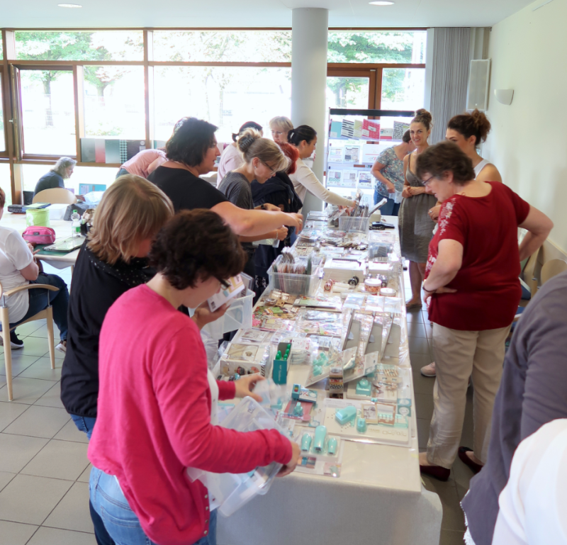 Shopping beim Scrapbooking Workshop
