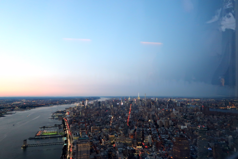 Blick auf Uptown vom One World Observatory New York City