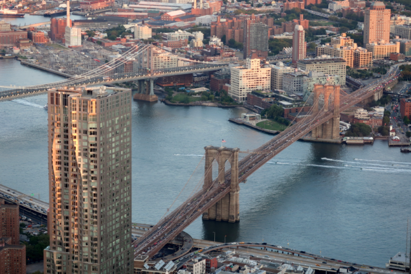 Brooklyn Bridge vom One World Observatory New York City