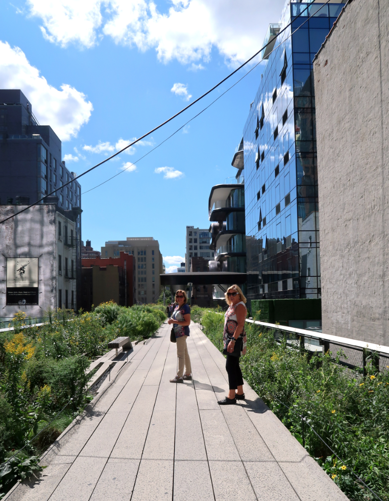 The Highline Mädelstrip in New York City