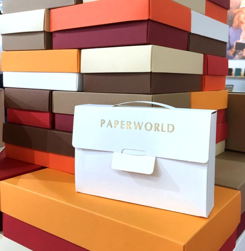 Creativeworld 2018 Buntbox Geschenkboxen mit Golddruck