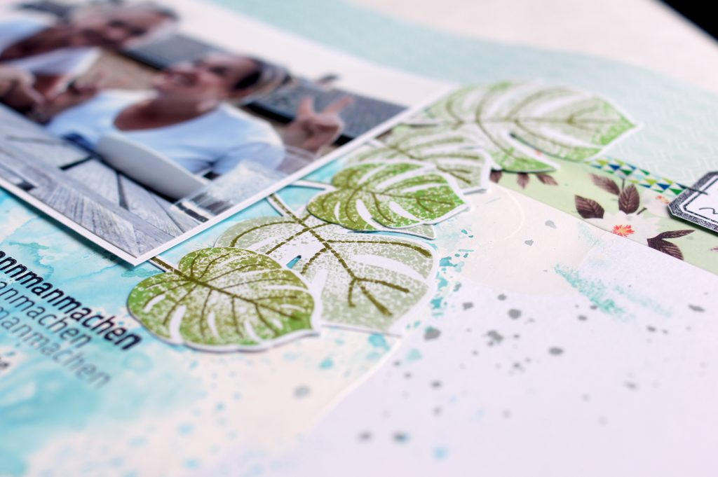 Stanze Monstera Blätter auf Scrapbooking Layout