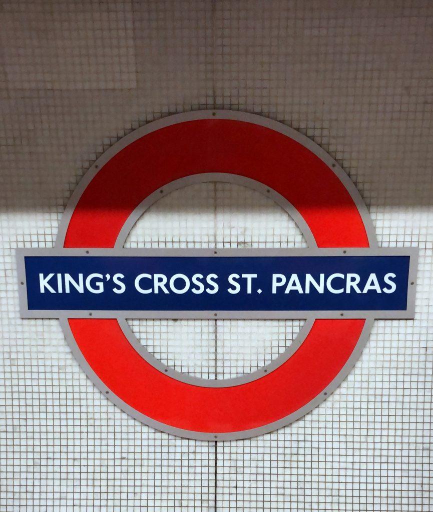 Tube sign Kings Cross St. Pancras Ubahnschild