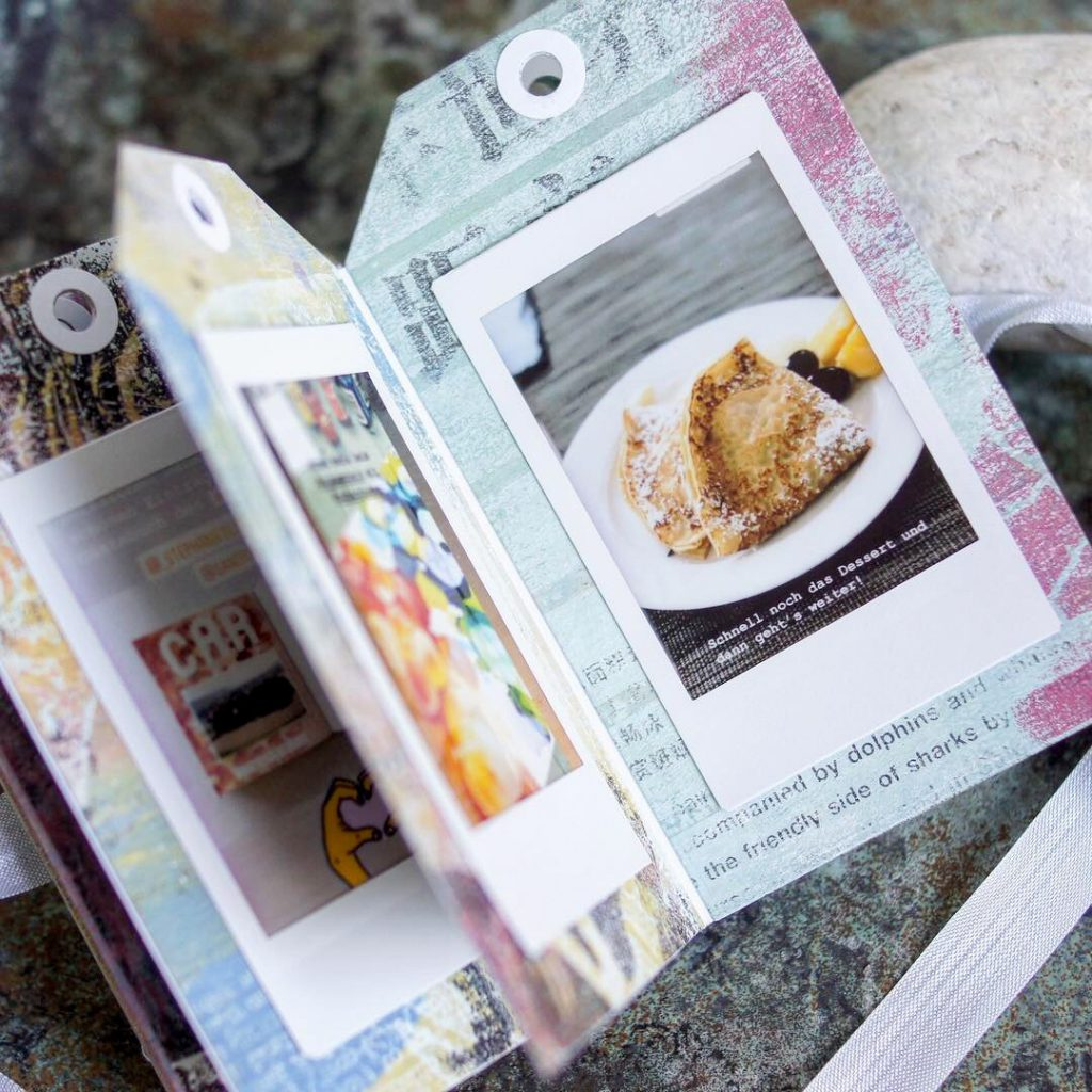 Minibook Scrapbooking Tags mit Fuji Instax Bildern