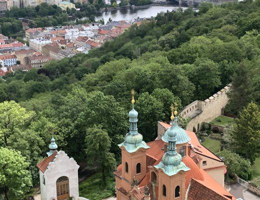Blick vom Petrin Aussichtsturm auf Prag