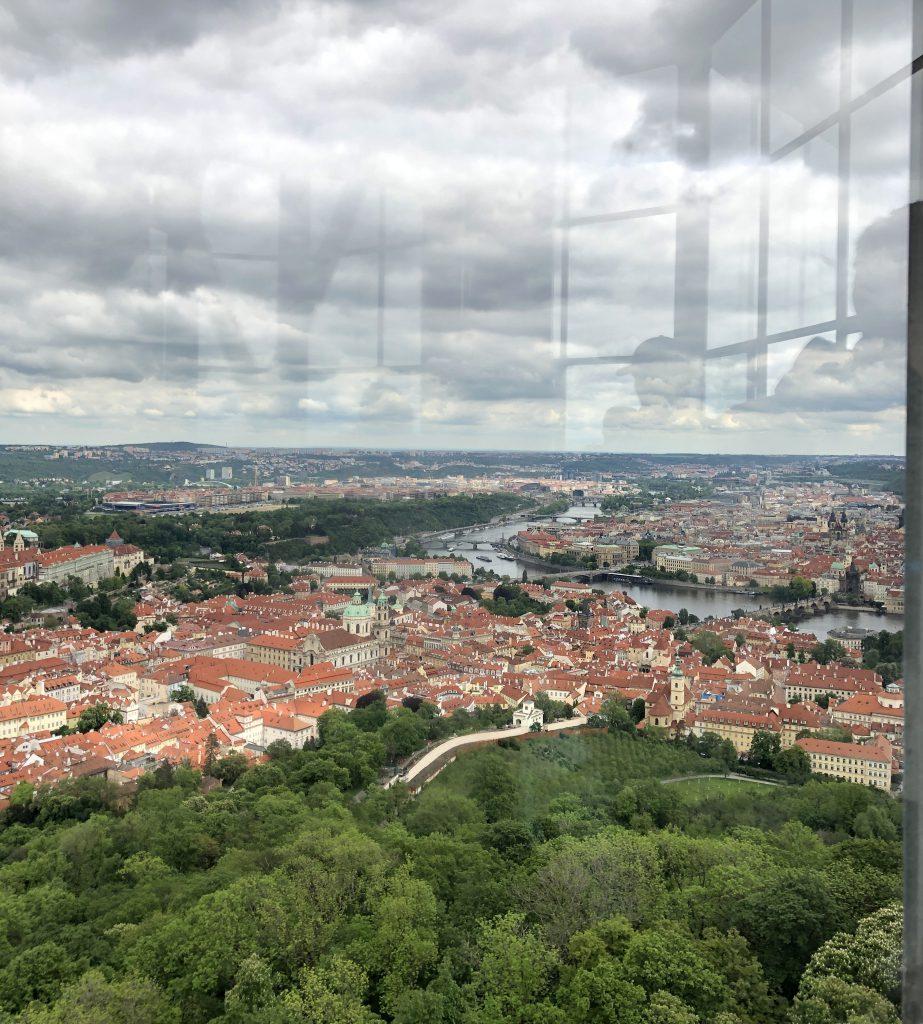 Petrin Aussichtsturm Blick auf Prag
