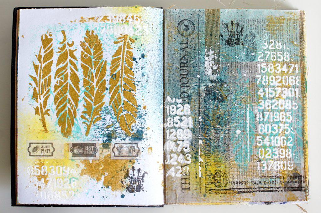 Art Journal mit Strukturpaste und Gold