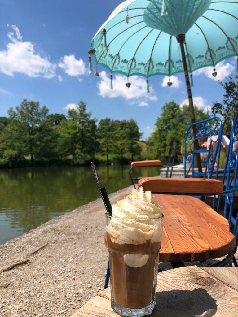 Cafe Westpark Gans am Wasser
