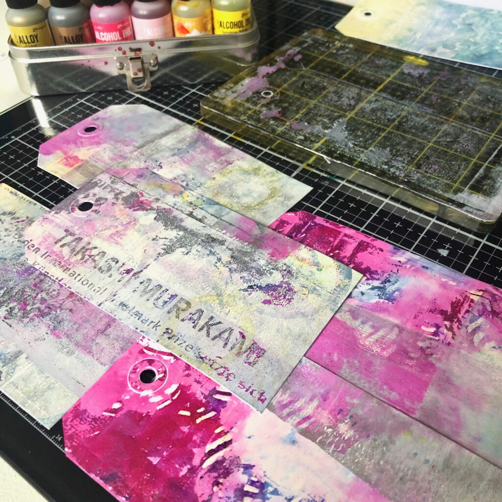 Mixed Media Tags Gelpress Alkoholtinte